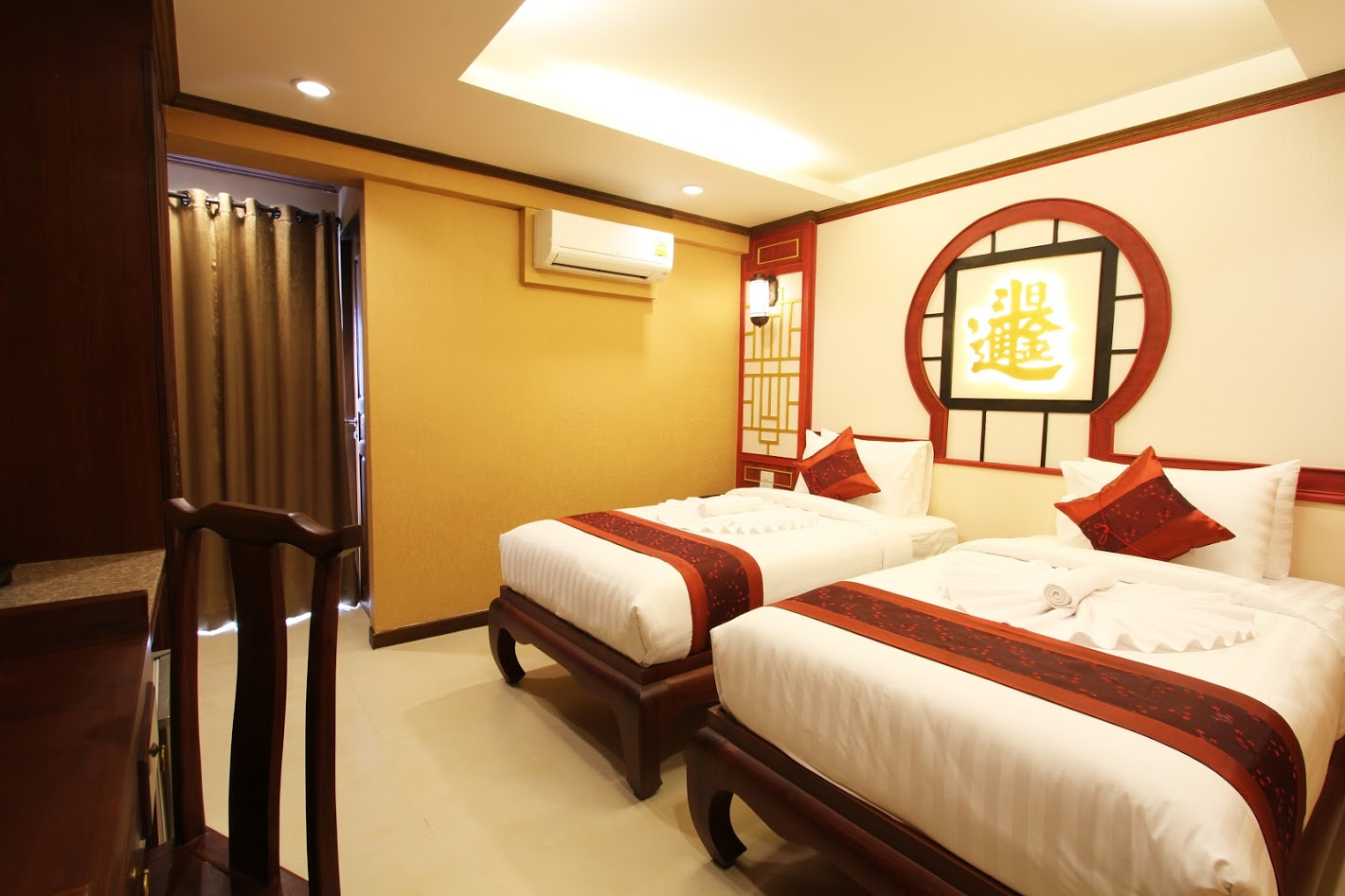 Hua-Chiew Twin Room